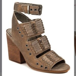 Shoes - 🌺🌺🌺 Gorgeous Woven Leather Sandal 🌺🌺🌺